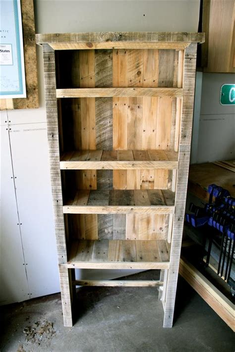 diy rustic pallet bookshelf pallet furniture plans