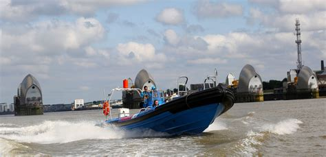 thames barrier voucher thamesjet max powerboat experience to the thames barrier