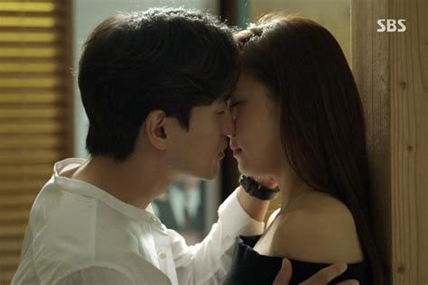 film korea romantis kiss video ciuman hot kissing korean hot kiss korea videolike