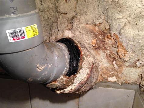 Colmater Fuite Tuyau Pvc 4283 by Fuite 224 La Jonction Jonction Pvc Fonte Des Eaux Us 233 Es