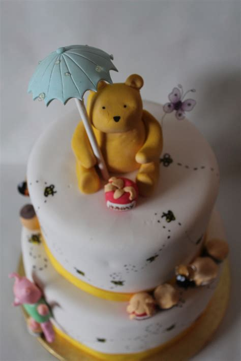 Pooh Baby Shower Cakes by 19 Baby Shower Bee Cake 31 Bee Themed Baby Shower