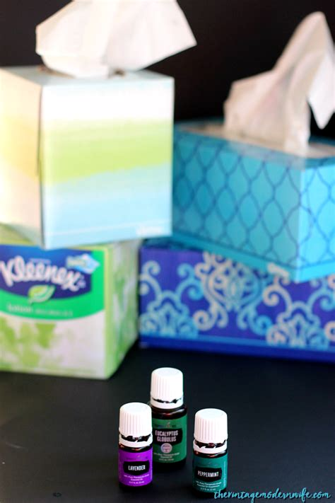 M Ultra Soothing Ad essential infused tissues with kleenex brand