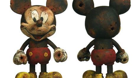 Disney Vinyl Figure Mickey Mouse Gift Idea play imaginative mickey mouse vinyl figure custom showcase clutter magazine