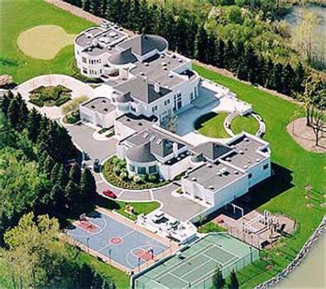 michael jordans house michael jordan s house the bears club