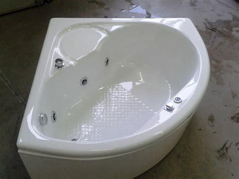 vasche idromassaggio angolari misure supra angolare con seduta 120 cm