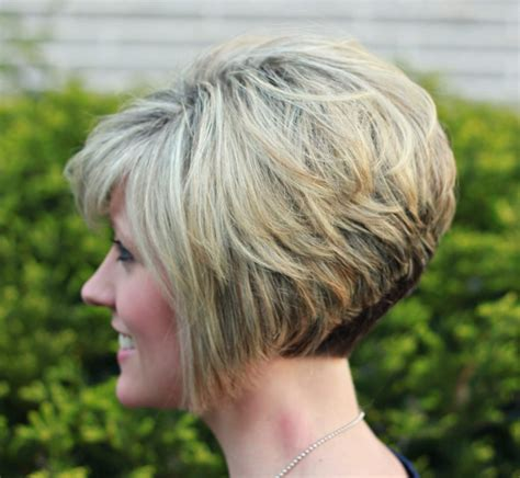 curly inverted bob haircut pictures inverted bob back view hairstyles ideas