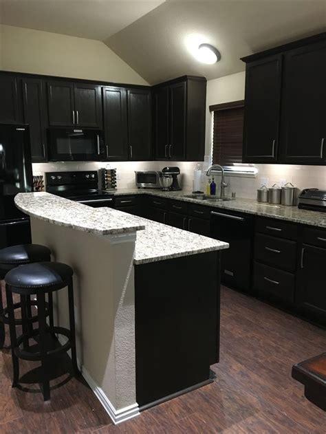 kitchen cabinets santa 17 best ideas about santa cecilia granite on