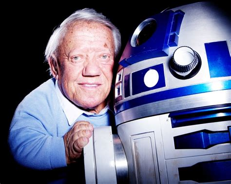 star who pass away 2016 kenny baker actor behind r2 d2 passed away at 81 the