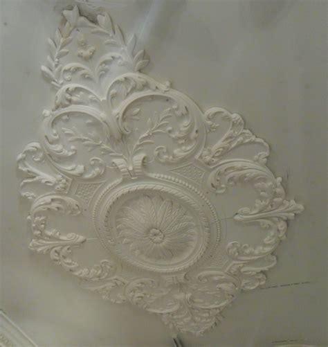 Ornate Cornice Cp130 Large Diamond Plaster Rose Wm Boyle Interior Finishes