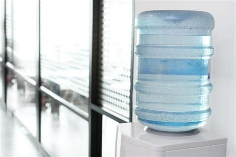 boccioni d acqua per ufficio distributore acqua in boccioni per ufficio distributori