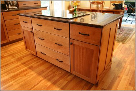 kitchen cabinets with granite countertops oak cabinets granite countertops honey oak kitchen