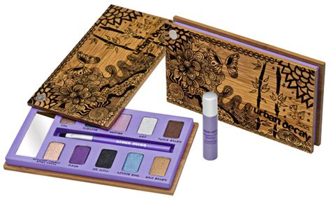 Cqs Giveaway Win An Decay Giftbox by Win Decay Sustainable Shadow Box Beaut Ie