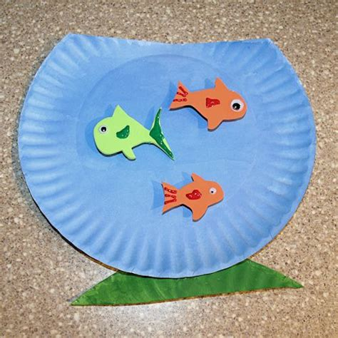 How To Make A Paper Plate Fish - how to make a paper plate fishbowl craft