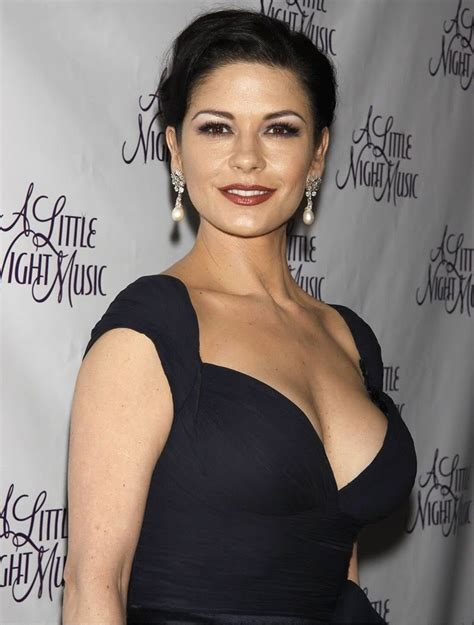 catherine zeta catherine zeta jones shows off bikini bod with hubby