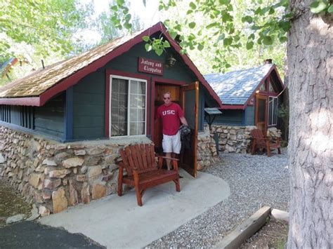 Castle Wood Cottages Big by 301 Moved Permanently