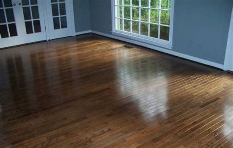 laminate floor cleaner for restoring protecting cleaning