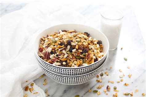 Kolln Muesli Crunchy Honey Nut Oat muesli cereal recipe