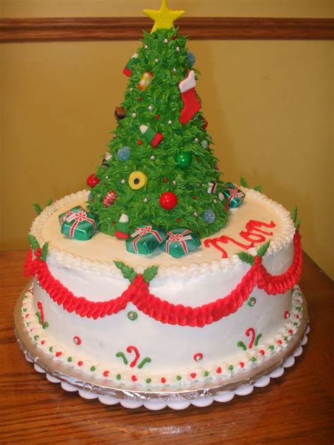christmas tree cake this was a birthday cake for my mom