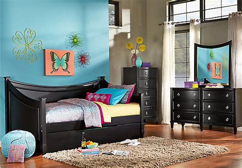 jaclyn place black  pc daybed bedroom