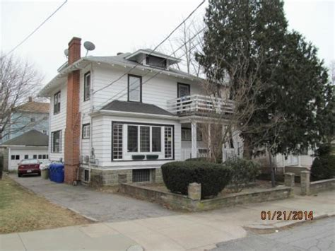 house for sale in ri 194 glenwood ave pawtucket ri 02860 foreclosed home information foreclosure homes