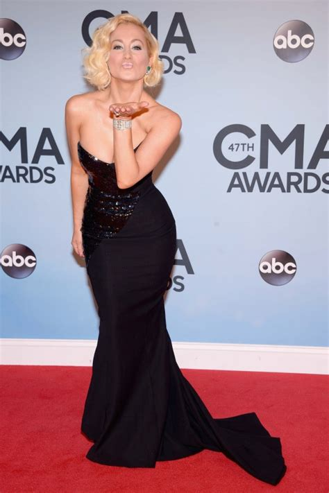 country music awards date 2013 kellie pickler country music association awards 2013 02