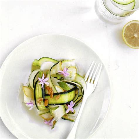 cuisiner des courgette cuisiner la fleur de courgette 28 images recette de