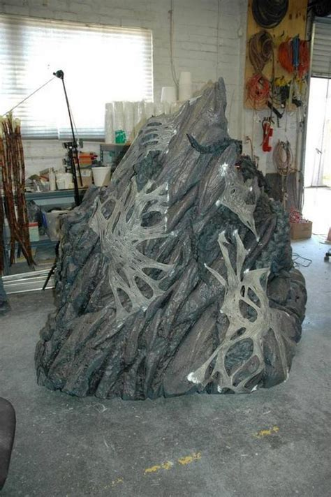 amazing life sized starcraft queen of blades statue photo life size statue of kerrigan from starcraft teehunter com