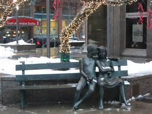 les amoureux du banc a photo from central