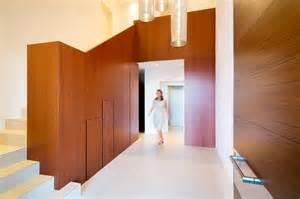 minimalist foyer design minimalist mountain top home designed around panoramic