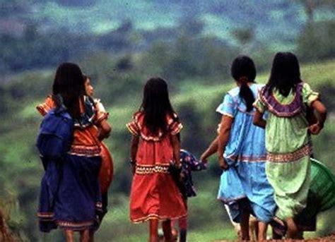 Ayunda Etnic the indigenous