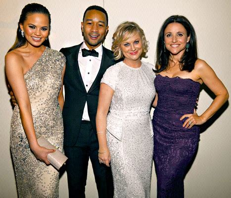 Poehler Wardrobe Malfunction by Chrissy Teigen Suffers Wardrobe Malfunction Before White