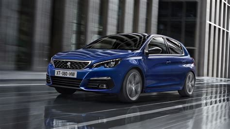 new peugeot automatic cars 2018 peugeot 308 facelift brings new diesel 8 speed auto
