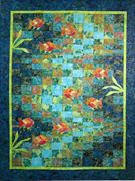 Wallis Has A Go At The Quilted Bay Bag by Molokini Bay Bargello Fish Quilt Pattern Quilting Time