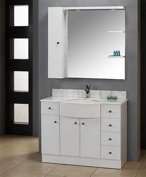 White Bathroom Vanity by A Sophisticated White Vanity Gives Your Bathroom A Clean