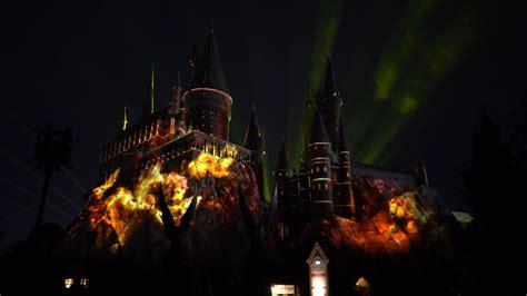 nighttime lights at hogwarts universal orlando resort the nighttime lights at