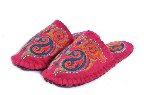 Handmade Felt Slippers - handmade wool felted slippers with sole home shoes