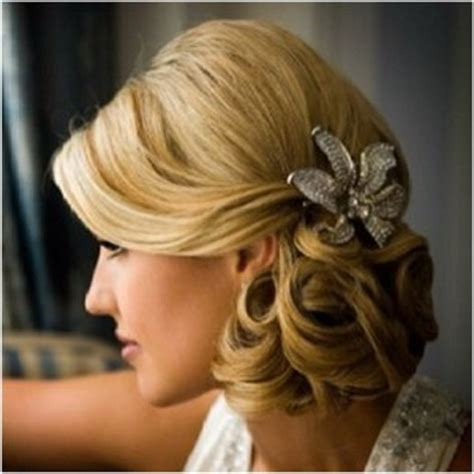 Side Hairstyles How To Do It | prom hairstyles side bun