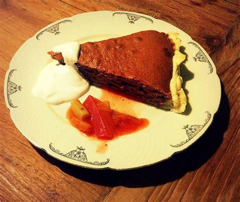 kuchen mit rhabarberkompott toggeburger zimtflade mit rhabarberkompott zum fressn gern