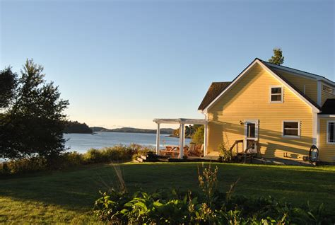 summer cottage rentals maine a awesome maine vacation rentals visit maine