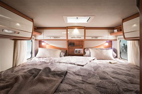 large bed 힝 hymer exsis i 힝 sleeping room