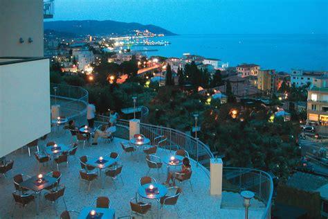 diano marina hotel metropol diano marina hotel 4 sul mare con piscina