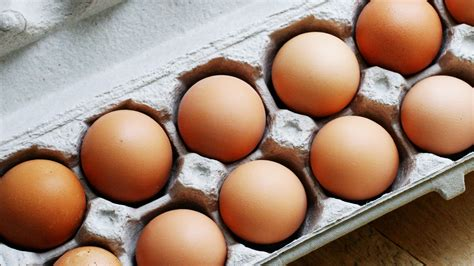 eggs at room temperature the best way to get eggs to room temperature