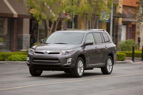 Consumer Reports Toyota Highlander Ram Diesel Toyota Highlander Hybrid Win Consumer Reports