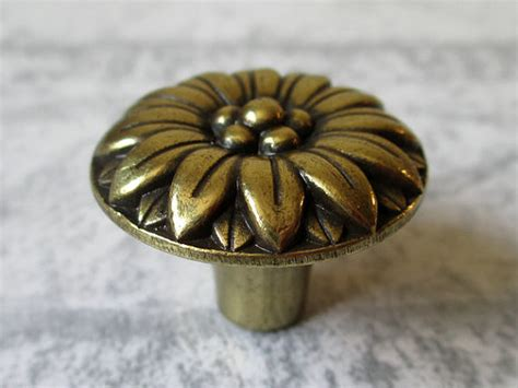 Flower Drawer Knobs by Cabinet Door Knobs Flower Knob Dresser Knobs Drawer