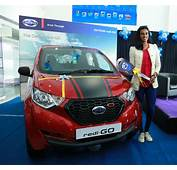 Datsun Redi GO Sport Presented To PV Sindhu For Her 2016