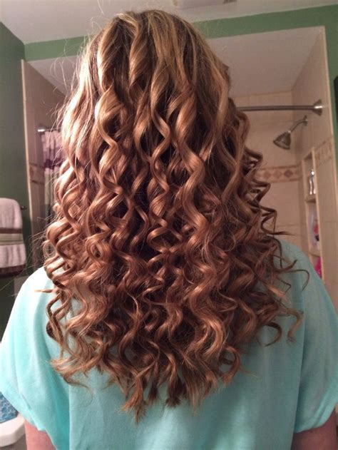 prom hairstyles tight curls 270 best ideas about best african american short haircuts