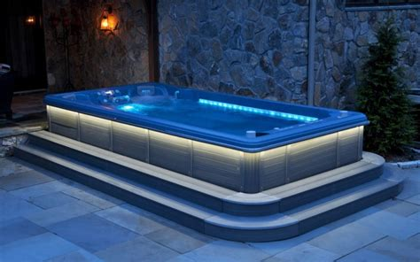 bathtubs idea glamorous large jacuzzi tub jacuzzi prices