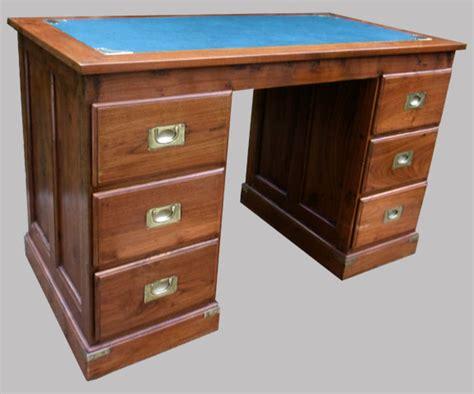 bureau bois exotique bureau 224 caissons en bois exotique 6 tiroirs