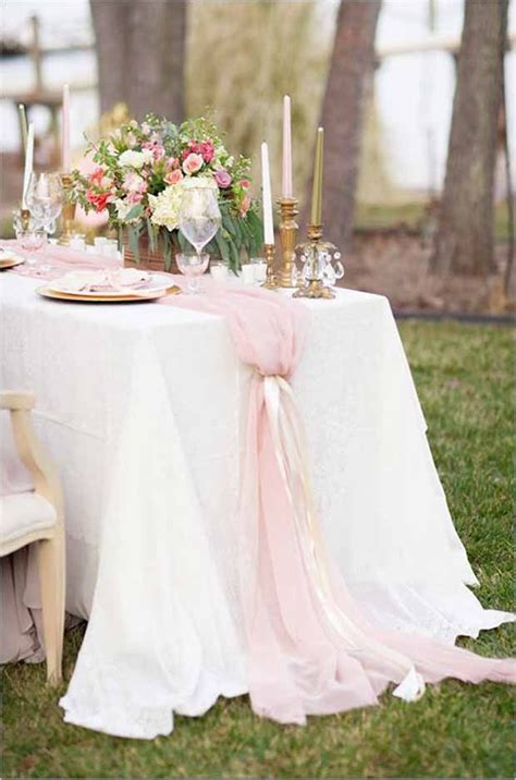 1000 Ideas About Runner On Table - 25 best ideas about wedding table runners on