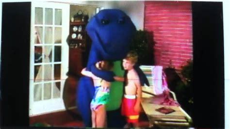 Barney Backyard Gang Waiting For Santa Barney Meets The Byg Amp Barney Is Our Dinosaur Youtube